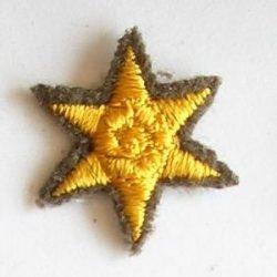 6ágú csillag hímzett - arany 17 mm
