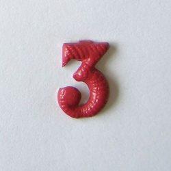 Fém szám - piros 3