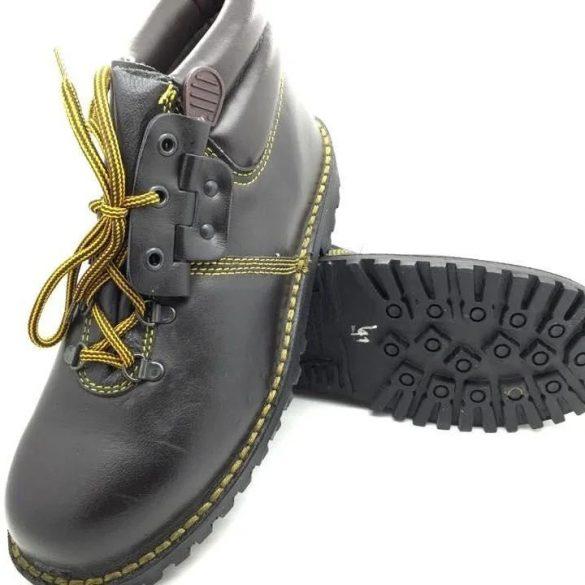 Magasszárú cipő - barna